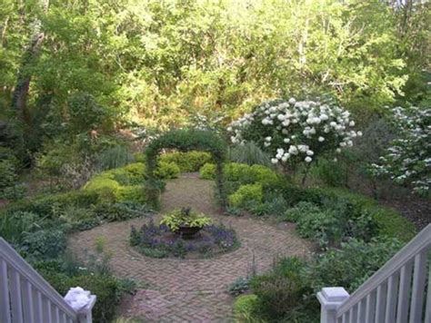 Garden Focal Point Ideas Ideas For A Focal Point Garden