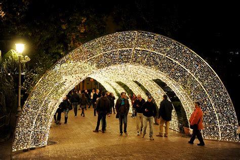 illuminazione natalizia salerno d artista 2017 a salerno orari date e parcheggi