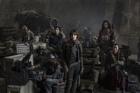 film seri star wars star wars rogue one photo reveals new cast members collider