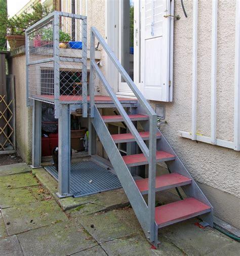 veranda treppe metall werk z 252 rich ag windfang und gartentreppe