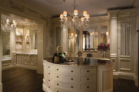 Dressing Room Chandeliers Christopher Hyde Chandeliers In Clive Christian Dressing Room And Bathroom Christopher Hyde