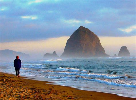 cannon beach cannon beach oregon this beach looks good