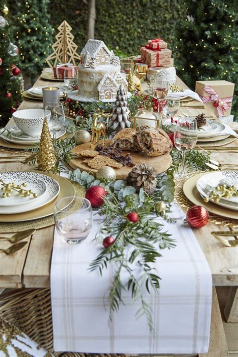 christmas luncheon table decorations 44 best table decoration images on decor ornaments