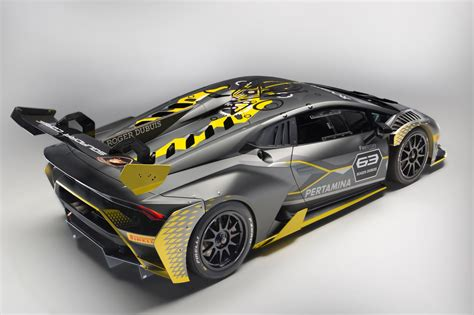 Lamborghini Super Trofeo by Lamborghini Hurac 225 N Super Trofeo Evo Debuts With Improved