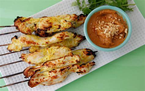 chicken satay with spicy peanut sauce everyday thai