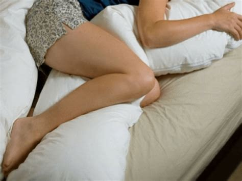 Best Pregnancy Pillow For Back by Best Pregnancy Pillow For Back Get The Relief You