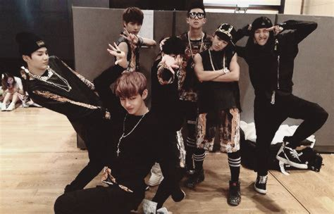 download mp3 bts wake up album fakta member bts bangtan boys part 2 happy virus