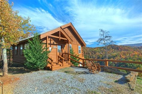 Valley Cabin Rental by Pigeon Forge Wears Valley Cabin Rental