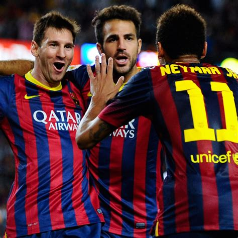 Dr Faris Fc 025 neymar s efforts to serve lionel messi are hindering barcelona s attack bleacher report