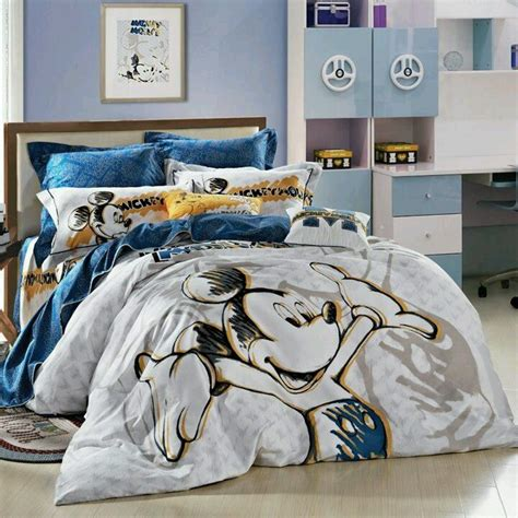 17 Best Images About Mickey Mouse Bedroom On Pinterest Disney King Bedding Set