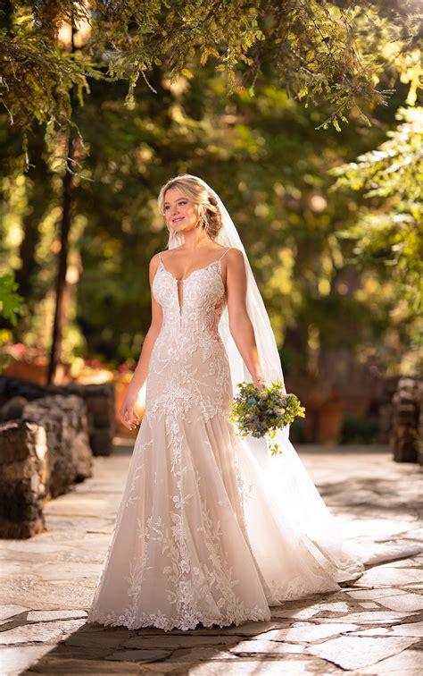 Simple Dress For Summer Wedding