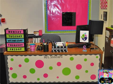 cute teacher desk decorations my room is done classroom pictures fun in first grade
