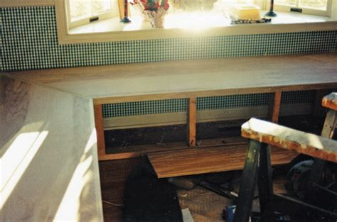 how to make a banquette for your kitchen in own style