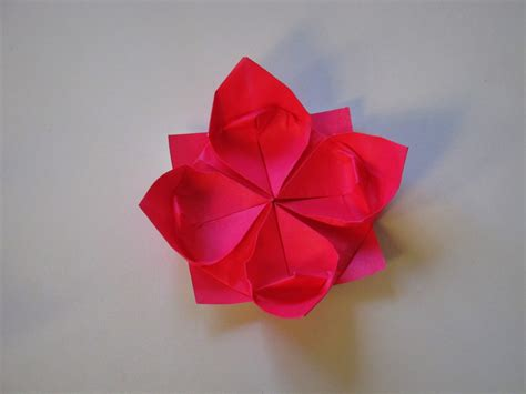 Easy Origami Flower - origami how to make a lotus flower