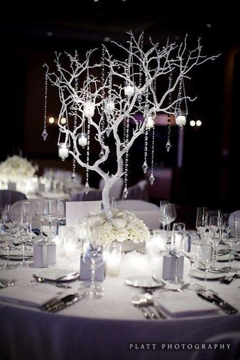 winter themed wedding centerpieces 25 best ideas about winter decorations on