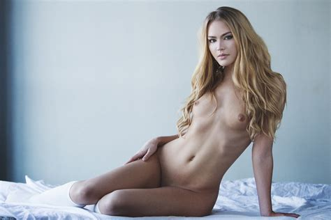 Naked Photos Of Emma King The Fappening Leaked Photos