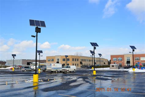 solar panel parking lot lights top of pole series sol by carmanah