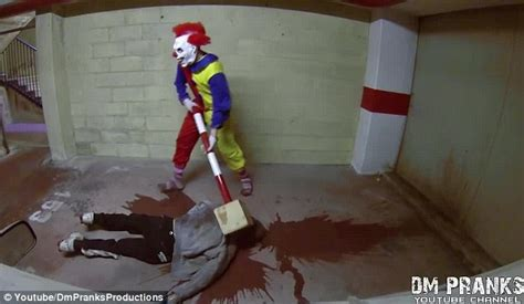 Humm3r Tracking Colombus killer clown is the most terrifying prank you ll see