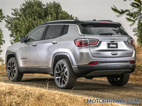 kia jeep 2017 2017 jeep compass vs 2017 kia sportage motor rivals
