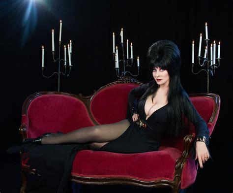 cassandra couch elvira mistress of the dark cassandra peterson interview