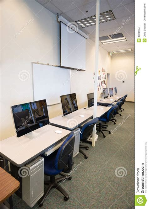 interior design school ta desk area interior design