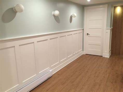Craftsman Wainscoting by The Of Moldings How To Decorate Your Home With