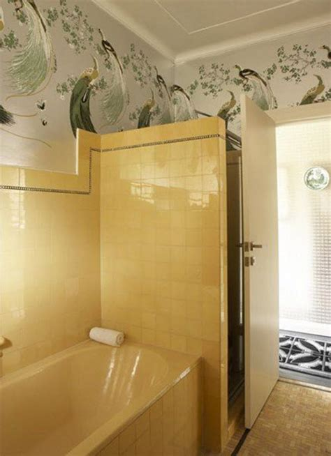retro yellow bathroom tile ideas  pictures