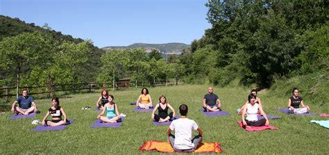 imagenes yoga naturaleza yoga al aire libre dario yoga