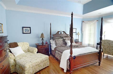 colors for sleep secret to sleep study says bedroom color can affect rest