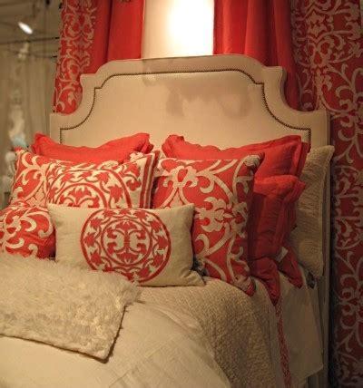 graues und gelbes schlafzimmerdekor die besten 25 korallen schlafzimmer ideen auf
