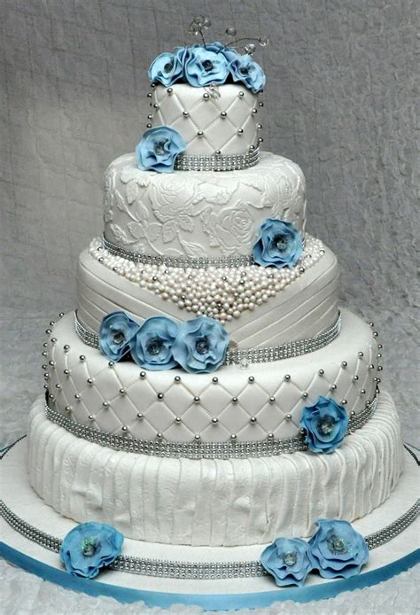 5 Tier Wedding Cake With Edible Pearls And Lace Decorated