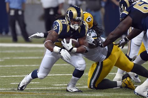 st louis rams tre football sleepers ten sleepers you should