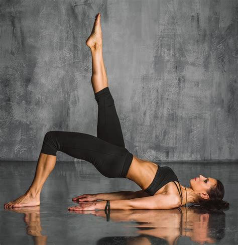 imagenes yoga pilates yoga funzionale mensana wellness club studio
