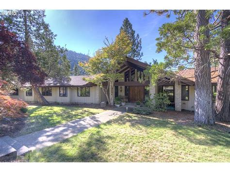 20 homes for sale in grants pass or grants pass real