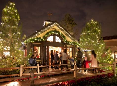 yard house fashion island visit santa at fashion island orange county zest