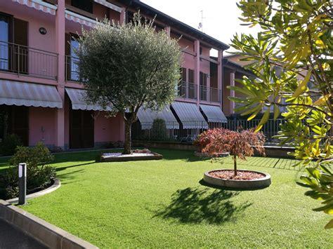 giardino in erba sintetica arredo giardini oggi e un vero cult grazie all erba