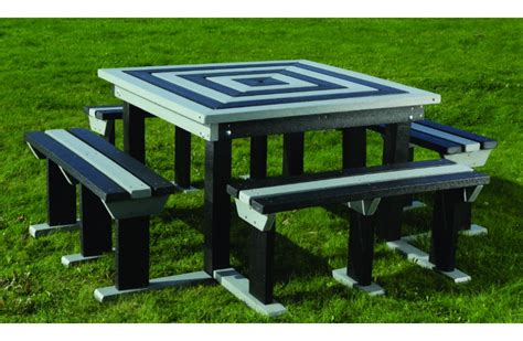 recycled plastic picnic benches octobrunch recycled plastic picnic bench