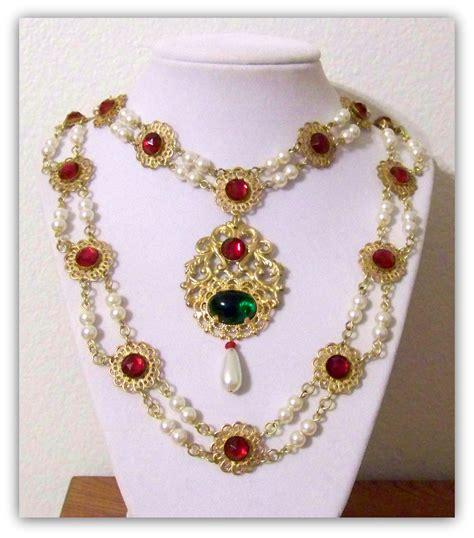 necklace jewelry renaissance jewelry