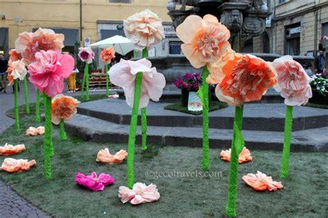 come fare fiori di carta crespa giganti la magia di san pellegrino in fiore geco travels