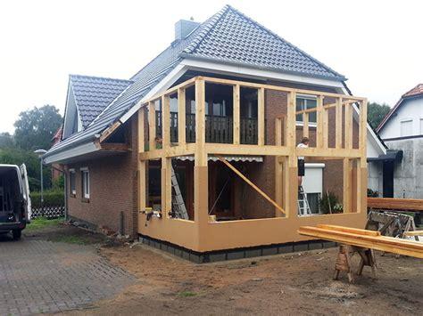 anbau einfamilienhaus beispiele vordach kalkulator ihr vordach aus holz zimmerei