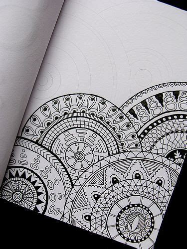 circular pattern drawing 25 best ideas about mandala drawing on pinterest