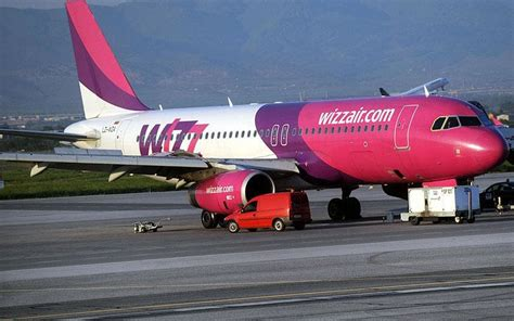 cabin baggage wizzair wizzair large cabin baggage fee