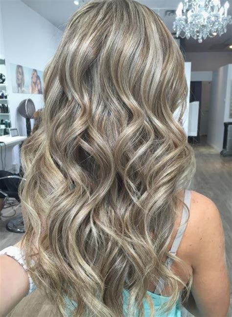 ash blonde with black low lights 40 ash blonde hair looks you ll swoon over
