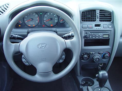2004 hyundai santa fe interior 2004 hyundai santa fe steering wheel interior photo