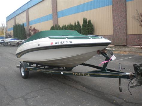 crownline boat dealers in wisconsin crownline new and used boats for sale in wisconsin