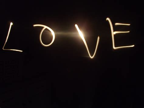 Light Writing by Light Write Paper Dolls