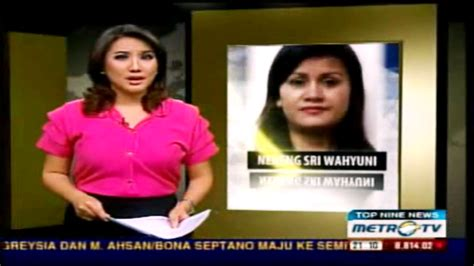 Setelan Viola part dan foto para presenter berita cewek