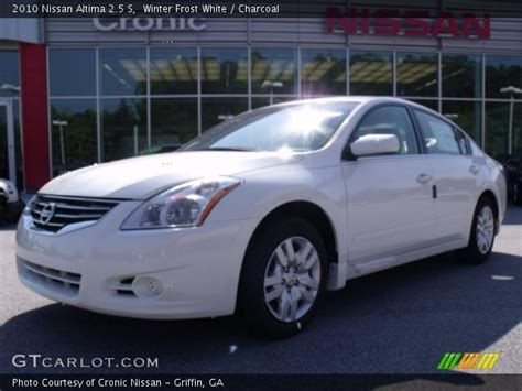 nissan altima white 2010 winter white 2010 nissan altima 2 5 s charcoal