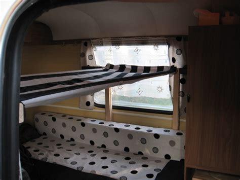 Hamac Caravane by Amenagement Lit Superpos 233 Caravane Table De Lit A Roulettes