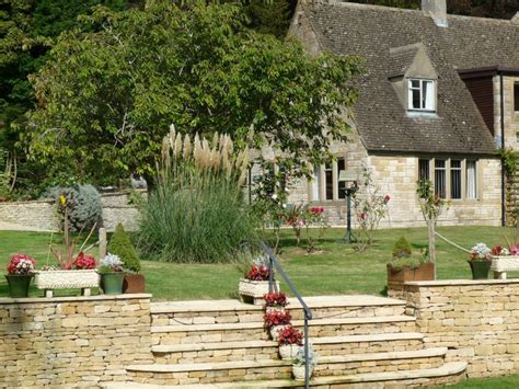 Farm And Cottage Holidays Park Farm Cottages Gloucestershire Self